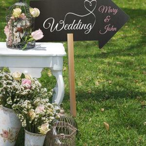 Garten Kreidetafel zum Einstecken Pfeilform beschriftet mit Wedding