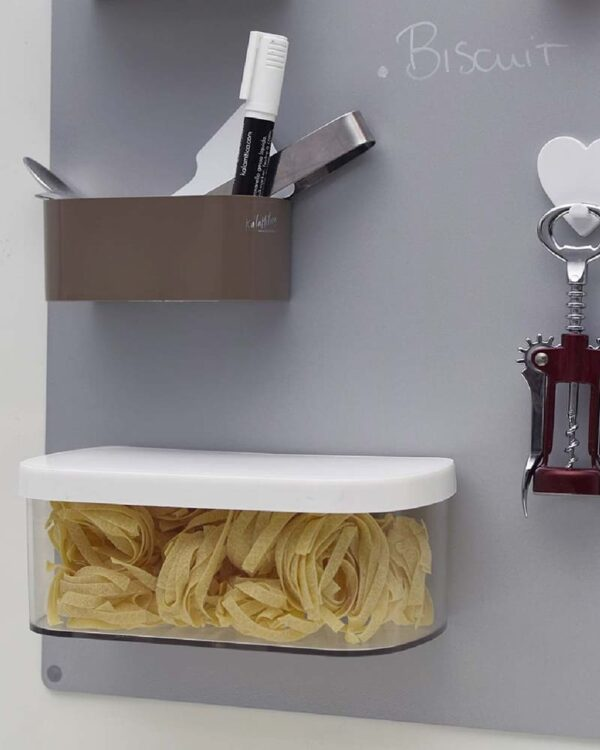 Magnetischer Behälter für Küchentafeln